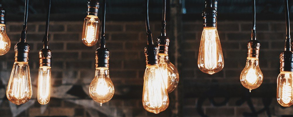 Lightbulbs_startup_business